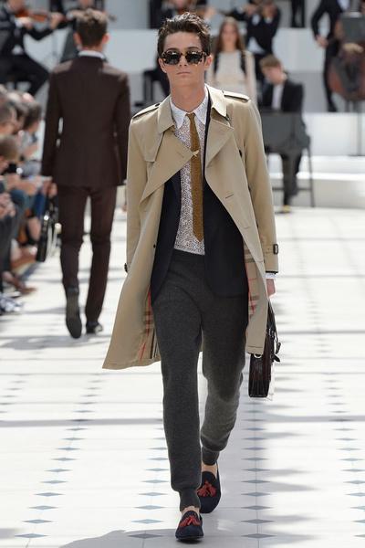 Показ Burberry Prorsum на Неделе мужской моды в Лондоне   галерея [2] фото [2]