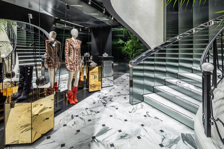 Флагманский бутик Balmain в Париже (фото 9)