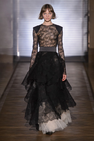Givenchy | Подиум на ELLE - Подиум - фото 6041