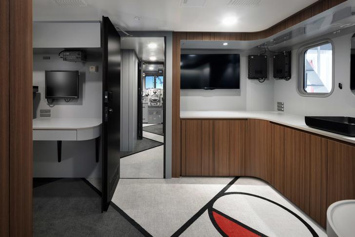 Рыболовное судно по дизайну студии Nendo (фото 13)