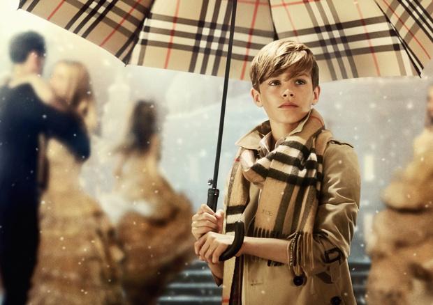 Рождественская рекламная кампания Burberry