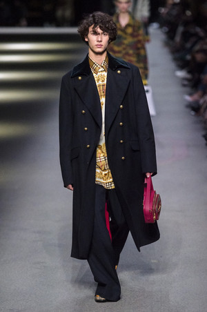 Принц Дании Николай дебютировал на Неделе моды в Лондоне (фото 1.2)