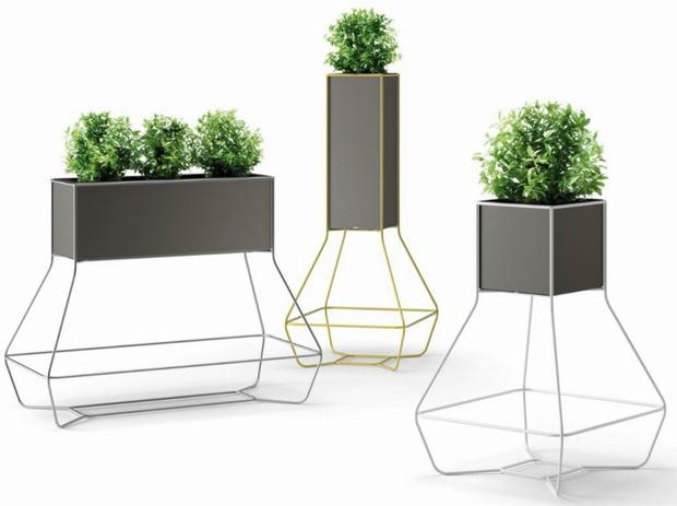 Кашпо и мебель для домашних растений (фото 22)