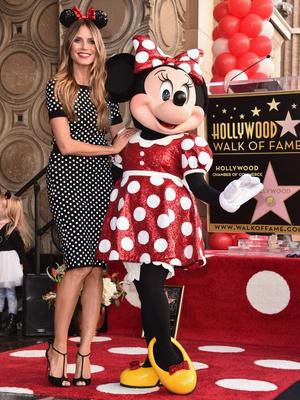 Кэти Перри и Хайди Клум на празднике в честь Минни Маус (фото 4)