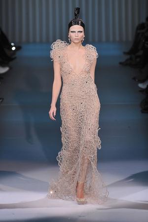 Показ Giorgio Armani Privé коллекции сезона Весна-лето 2009 года Haute couture - www.elle.ru - Подиум - фото 86763