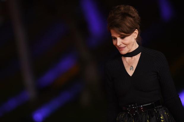 Эксклюзив ELLE: Фанни Ардан о лучшей эпохе, феминизме и отношении к красоте (фото 3)