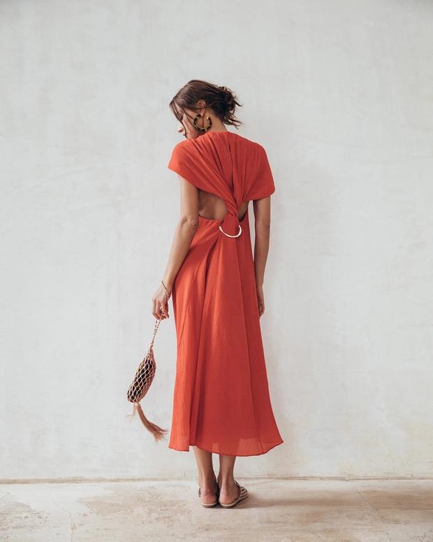 Секретное оружие: 33 красных платья для свиданий (фото 1)