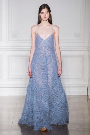 Показ Valentino коллекции сезона Весна-лето  2017 года Haute couture - www.elle.ru - Подиум - фото 616693