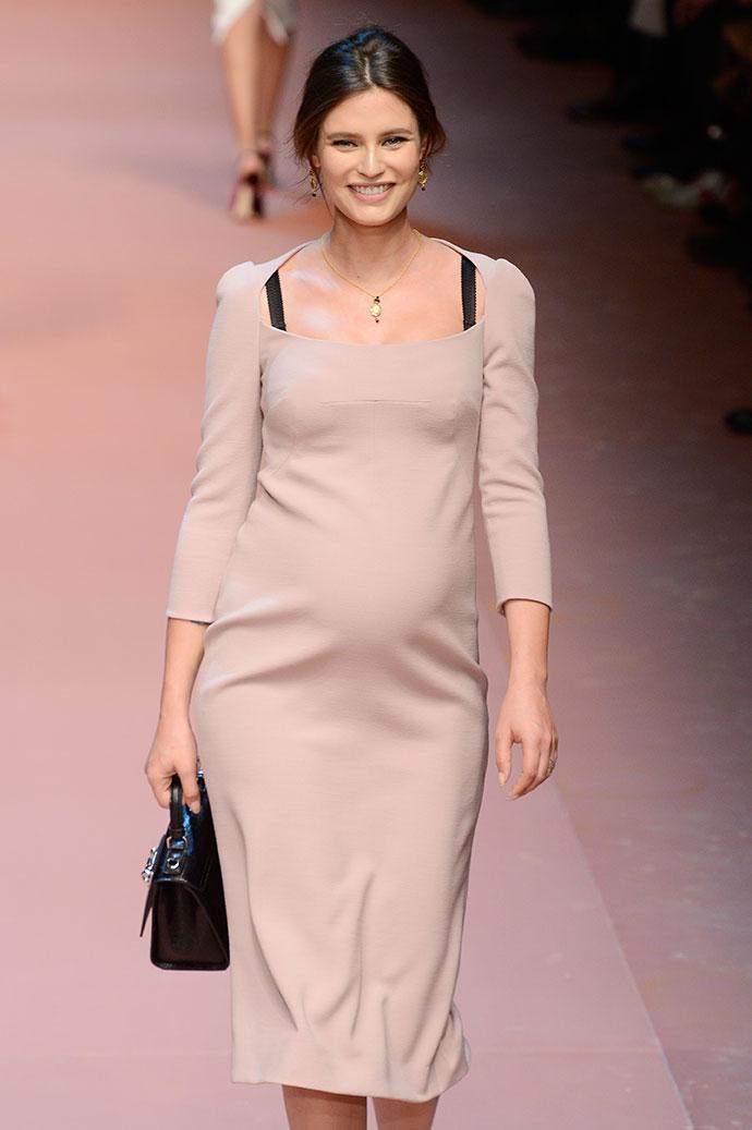 Бьянка Балти на показе Dolce & Gabbana FW 2015