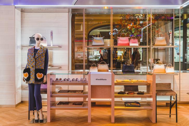 Fendi Mania: Изабель Гулар представила в Москве новую капсулу бренда (фото 3)