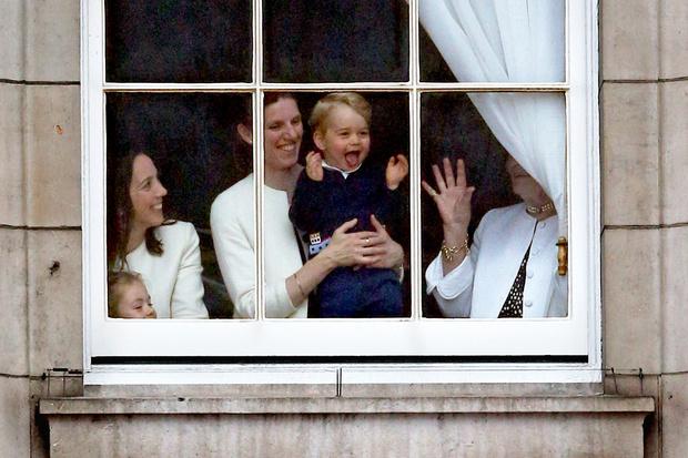 Принц Уильям изменил королевский устав ради своих детей