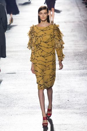 Показы мод Dries Van Noten Весна-лето 2014 | Подиум на ELLE - Подиум - фото 3641