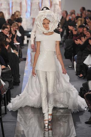 Показ  коллекции сезона Весна-лето 2009 года Haute couture - www.elle.ru - Подиум - фото 86335