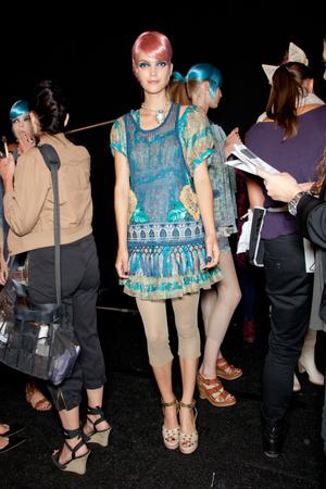 Показ Anna Sui коллекции сезона Весна-лето 2013 года Prêt-à-porter - www.elle.ru - Подиум - фото 424709
