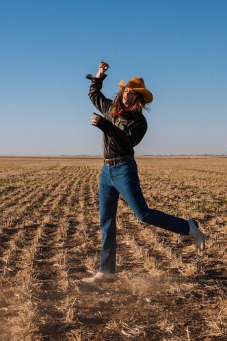 Синди Кроуфорд снялась в рекламной кампании Acne (фото 1.1)