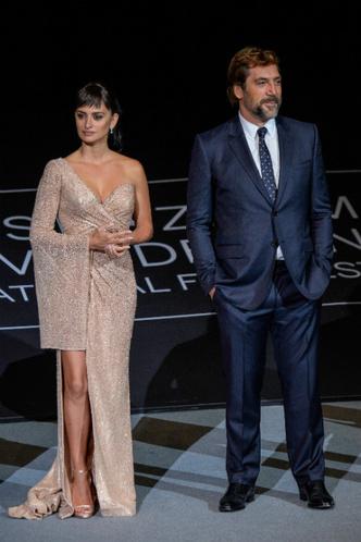 Пенелопа Крус и Хавьер Бардем на кинофестивале в Сан-Себастьяне фото [5]