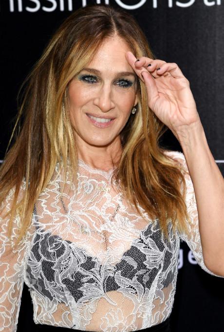 В стиле Кэрри Брэдшоу: Сара Джессика Паркер в платье Oscar de la Renta фото [2]