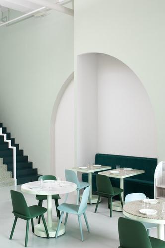 5 кафе в духе фильмов Уэса Андресона (фото 14)
