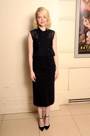 Элегантный образ Эммы Стоун на пресс-конференции в Лондоне (фото 2)