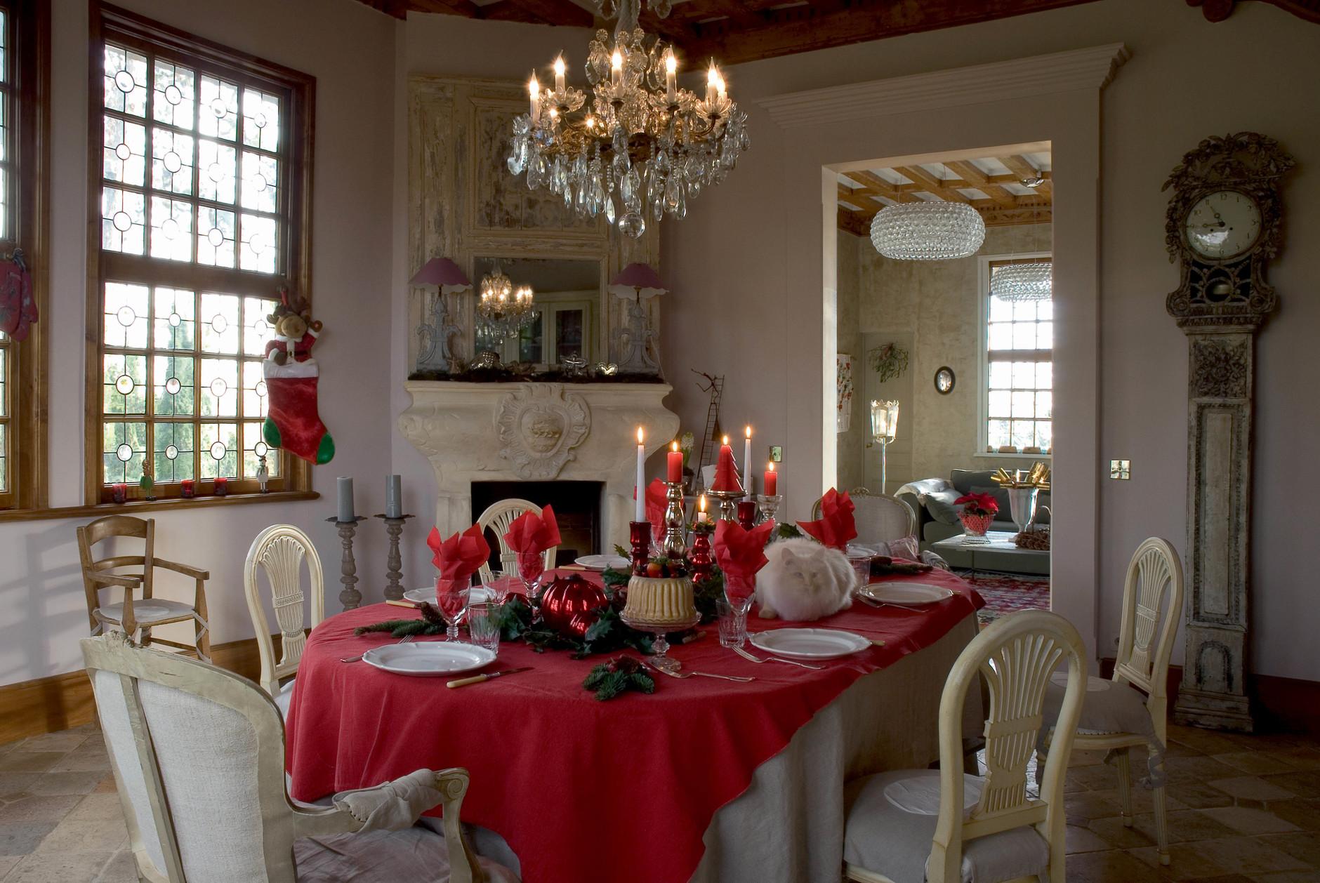 Рождество у камина: 10 идей праздничного декора (галерея 0, фото 6)