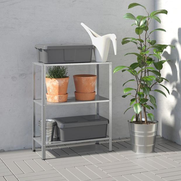 Компактная мебель и аксессуары для небольшого балкона (фото 16)