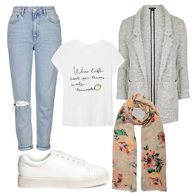 Выбор ELLE: пальто и джинсы TopShop, шарф Aldo, футболка Mango