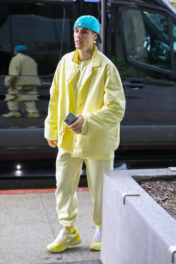 На стиле: Джастин Бибер показал самый модный спортивный костюм на весну (фото 1)