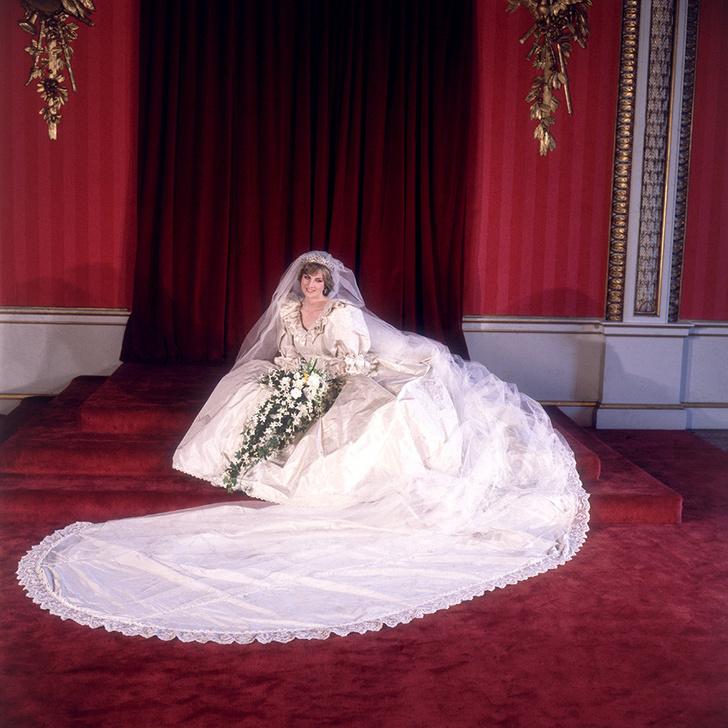 Принцесса Диана – от Букингемского дворца до отеля Ritz фото [2]