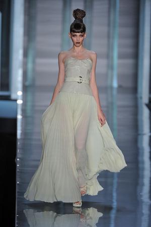 Показы мод Christian Dior Весна-лето 2009 | Подиум на ELLE - Подиум - фото 3312