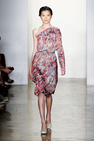 Показы мод Costello Tagliapietra Весна-лето 2012 | Подиум на ELLE - Подиум - фото 2075