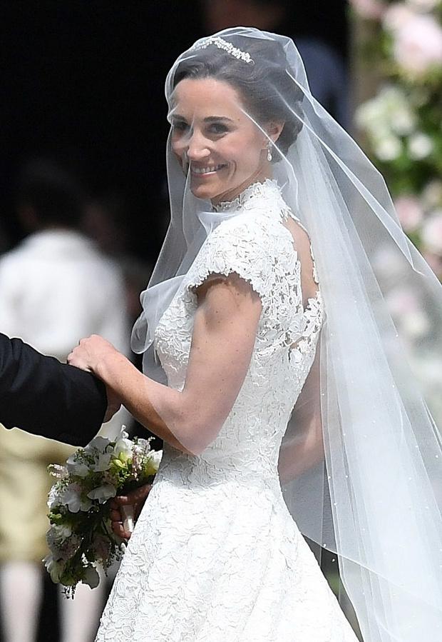 Невеста в белом: свадебное платье Пиппы Миддлтон