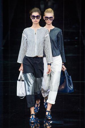 Показы мод Emporio Armani Весна-лето 2015 | Подиум на ELLE - Подиум - фото 4148