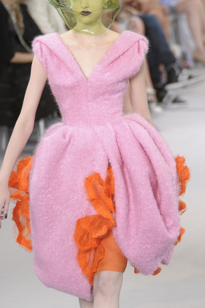 Показ Christian Dior коллекции сезона Осень-зима 2010-2011 года Haute couture - www.elle.ru - Подиум - фото 167389