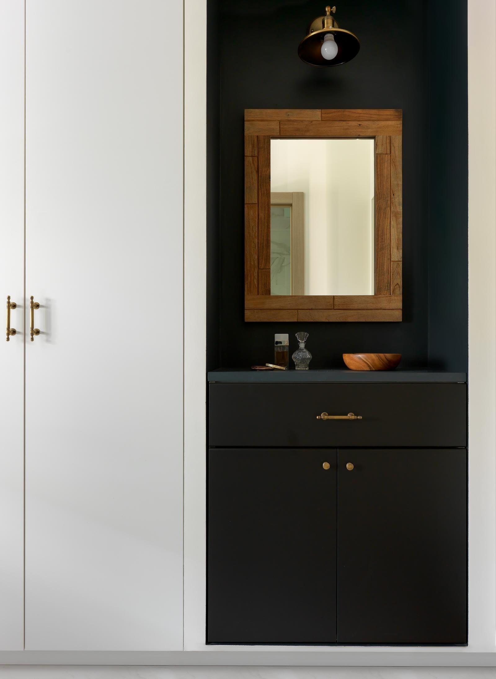 Зеркала в прихожей: 15 стильных решений (галерея 0, фото 2)