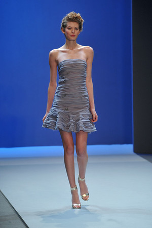 Показ Christophe Josse коллекции сезона Весна-лето 2010 года haute couture - www.elle.ru - Подиум - фото 137946