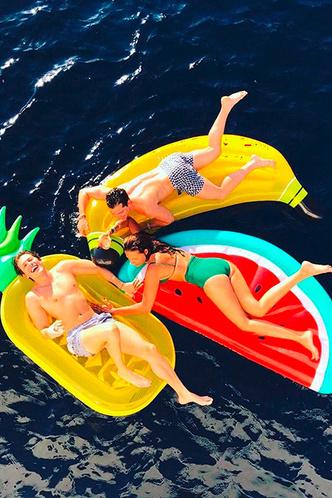 Маленькая жизнь: колумнист ELLE Эдгардо Озорио — о летних приключениях на суше и на море фото [8]