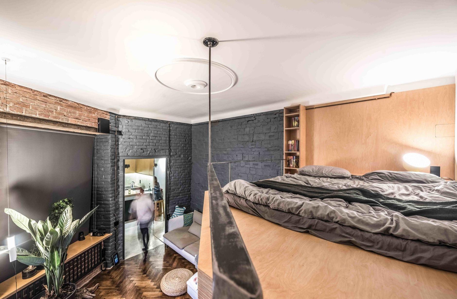 Спальня в стиле лофт: 10 кроватей на чердаке (галерея 0, фото 0)