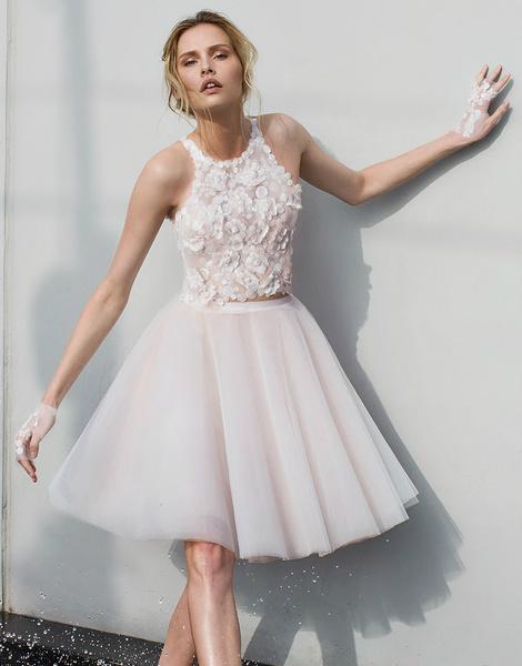 Пышные короткие свадебные платья