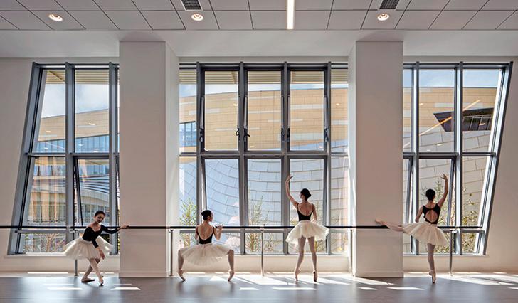 Танцевальный комплекс в Шанхае фото [3]