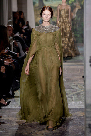 Показ Valentino коллекции сезона Весна-лето 2014 года Haute couture - www.elle.ru - Подиум - фото 575254