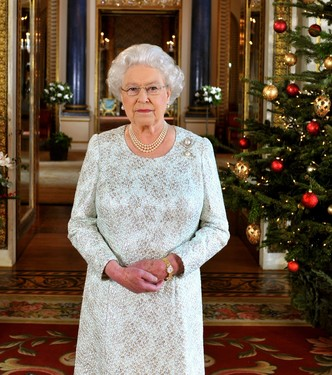 Что Меган Маркл подарит королеве Елизавете II на Рождество? (фото 2)