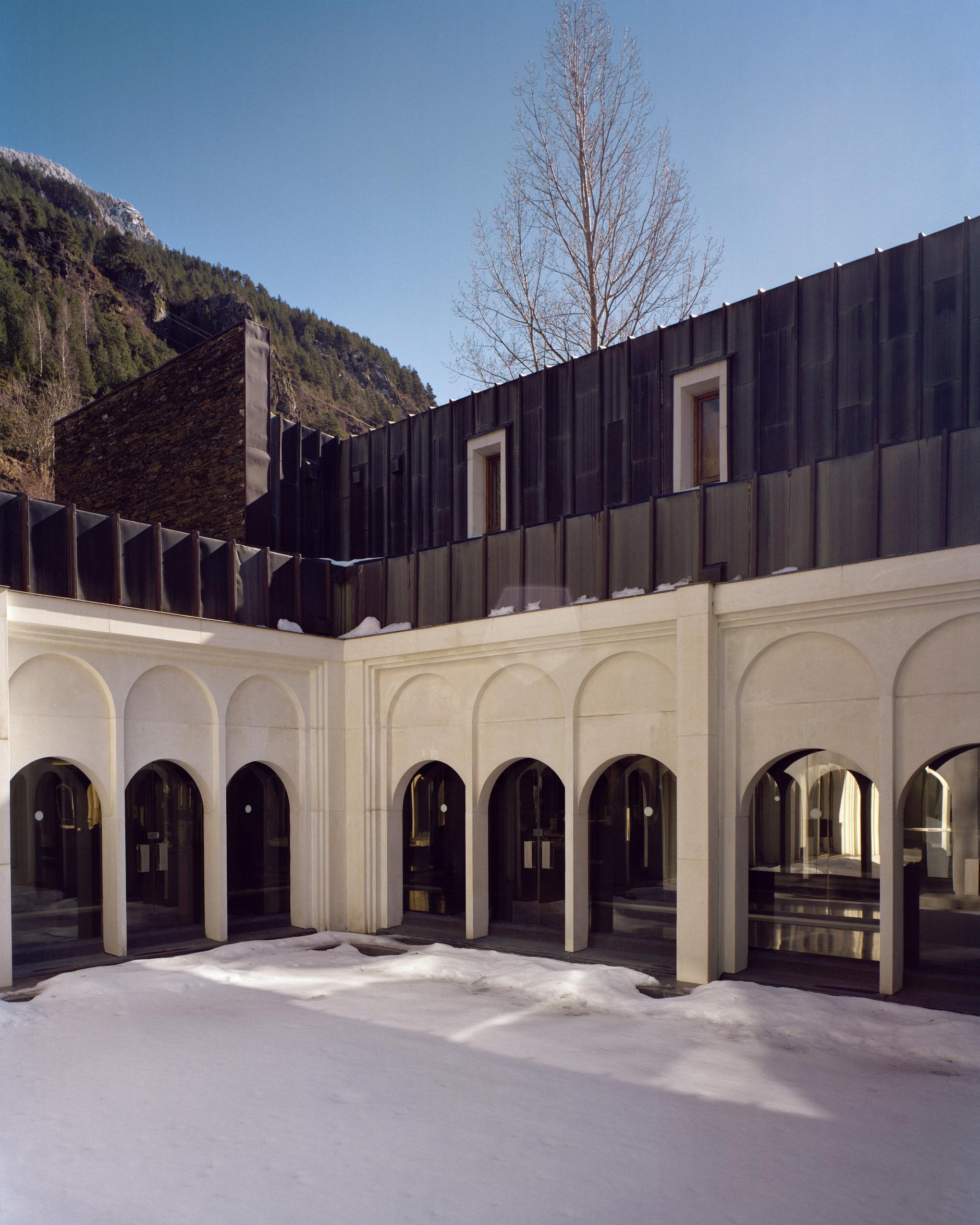 Рикардо Бофилл: самый известный архитектор постмодернизма (галерея 22, фото 2)
