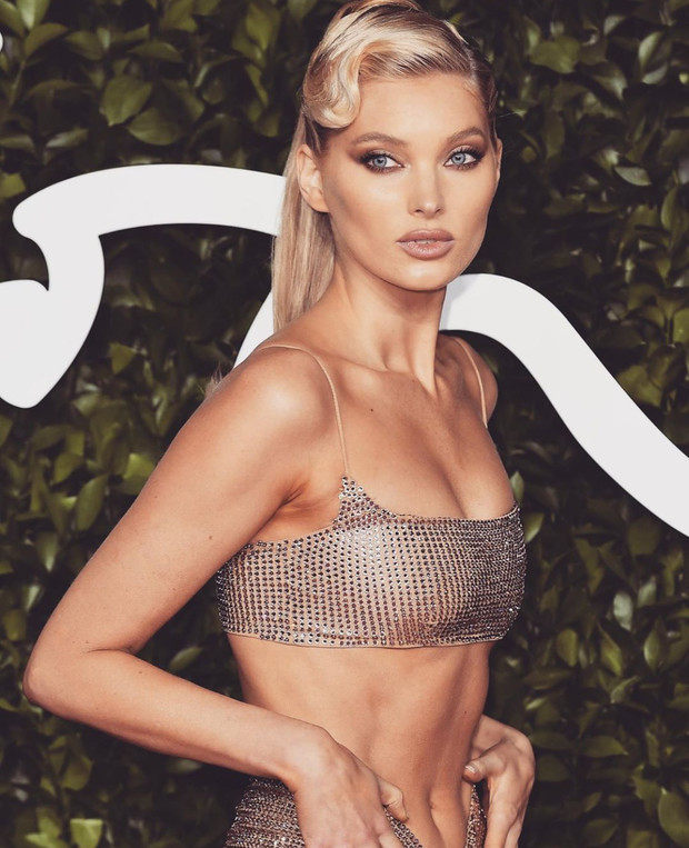 Тысяча сверкающих кристаллов и голый пресс: Эльза Хоск на Fashion Awards 2019 (фото 2)