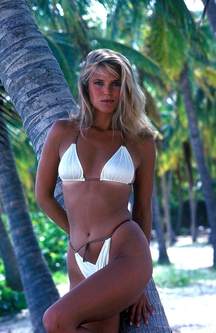 Фото супер блондинок в купальнике фото 358-736