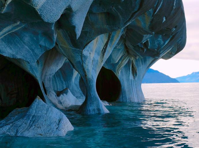 Мраморные пещеры, Чили