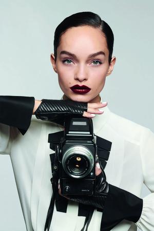 L'Oréal Paris выпустили совместную коллекцию макияжа с Karl Lagerfeld (фото 1.2)