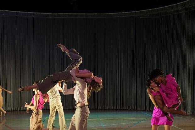 Дизайнеры, которые сотрудничают с хореографами (фото 8)