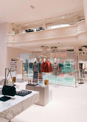 Розовый рай: бутик одежды в Стокгольме (фото 3.1)