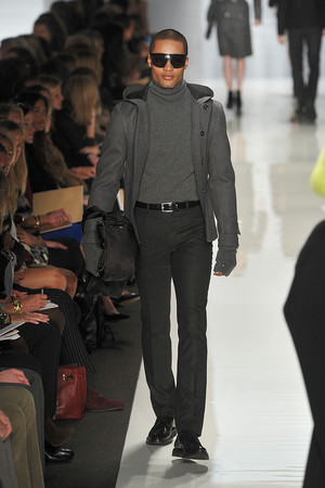 Показы мод Michael Kors Осень-зима 2009-2010 | Подиум на ELLE - Подиум - фото 3216