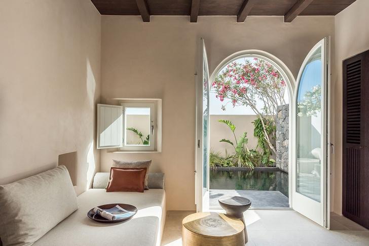 Новый бутик-отель ISTORIA на Санторини (фото 7)